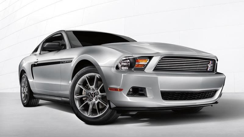 2011 Mustang V-6
