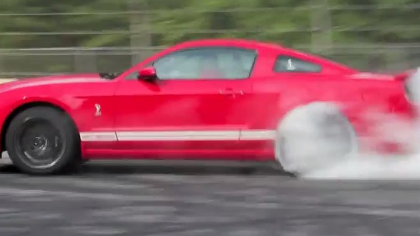 Ford Mustang Shelby Gt Burnout Video