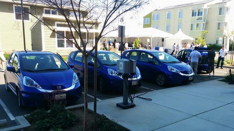 Honda Fit EV customer appreciation day, Honda Smart Home, UC-Davis, Mar 2015  [photo: George Betak]
