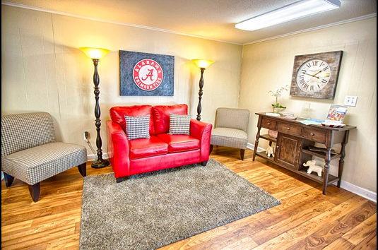 Reviews & Prices for Canterbury Apartments, Tuscaloosa, AL