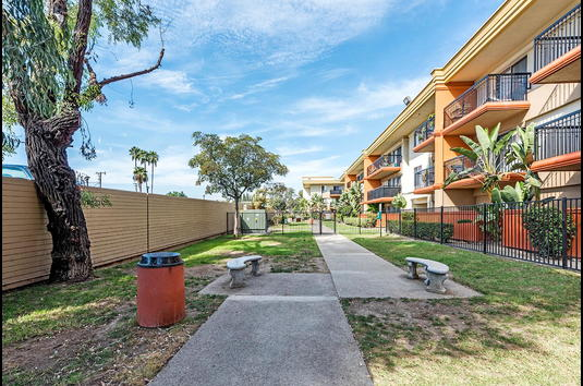 apartments in garden grove ca solara apartments image of crystal view in garden grove ca 105 reviews apartments for rent