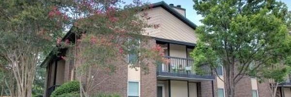 North Bluff Apartments