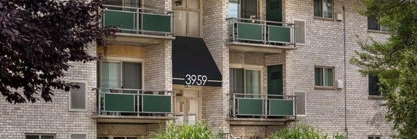 Pinewood Plaza Apartments