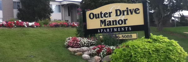 Outer Drive Manor