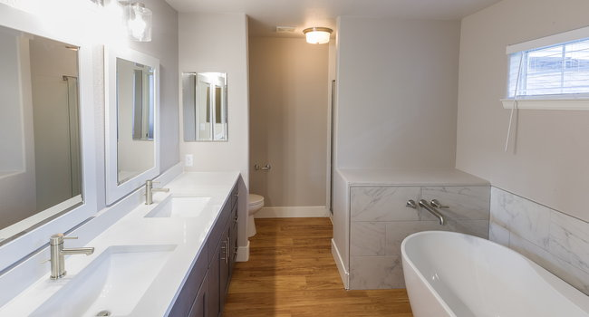 Renovated bathrooms with premium finishes are available for upgrade. Ask the leasing team for more details.