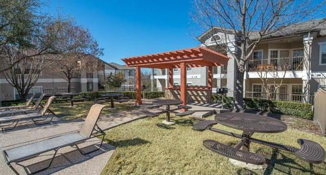 Austin Bluff Apartments - 92 Reviews | Dallas, TX ...
