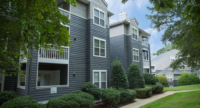 Hyde Park - 185 Reviews | Cary, NC Apartments for Rent ...