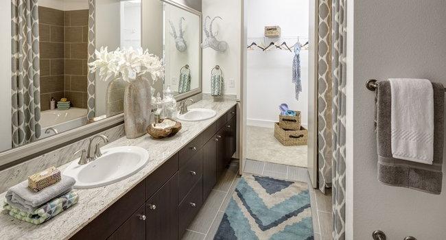 Arpeggio Victory Park Apartments 27 Reviews Dallas Tx