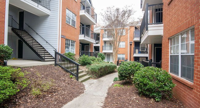 Brookwood Valley Apartments 217 Reviews Atlanta Ga