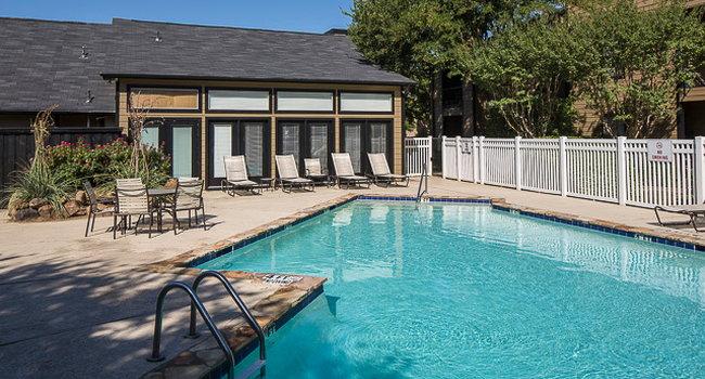 Monterra Pointe Apartments Arlington Texas
