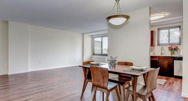 Riverside Apartments - 593 Reviews | Alexandria, VA ...