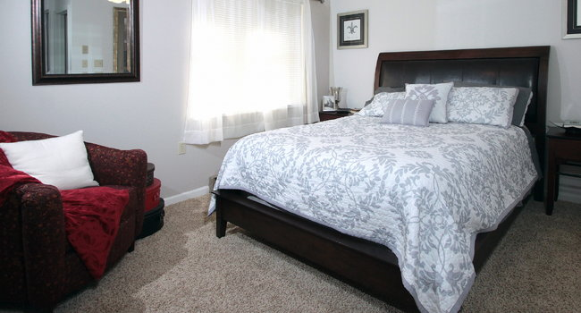 Foxcroft Apartments 21 Reviews Green Bay Wi Apartments For Rent Apartmentratings C,King Modern Black Bedroom Sets