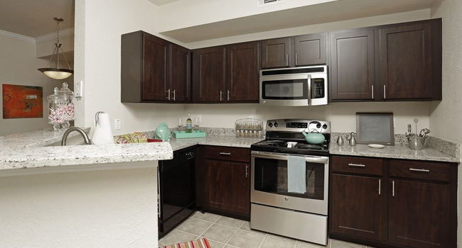 Harbortown Luxury Apartments 194 Reviews Orlando Fl