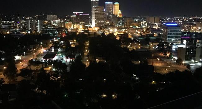 Image Of University Club In Tulsa Ok