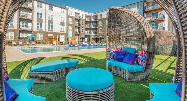 Blu at Northline Apartments - 40 Reviews | Charlotte, NC Apartments