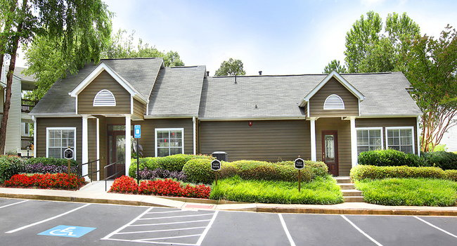 Greenhouse Apartments - 126 Reviews | Kennesaw, GA ...