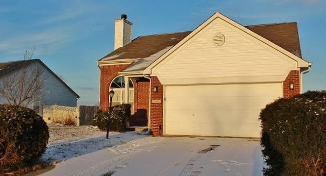 Image of 2409 E Valley Creek Lane in Indianapolis, IN