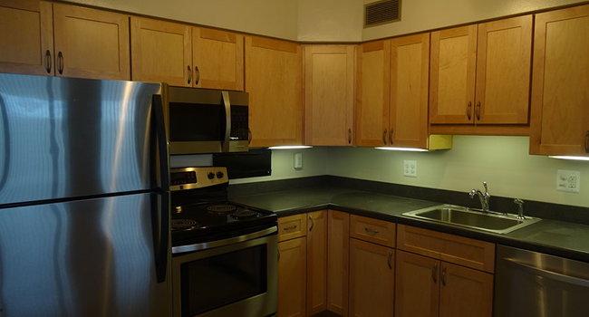 Huron Towers Apartments - 59 Reviews | Ann Arbor, MI