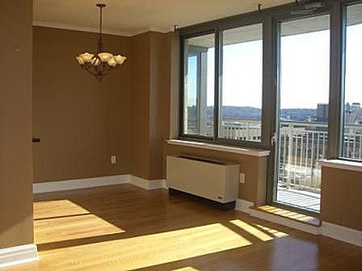 One Spring Street 10 Reviews New Brunswick Nj Apartments For Rent Apartmentratings C