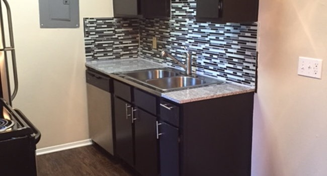 Running Brook Apartments - 29 Reviews | Arlington, TX ...