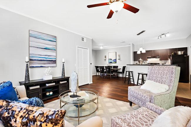 Century Cross Creek 161 Reviews Tampa Fl Apartments For Rent