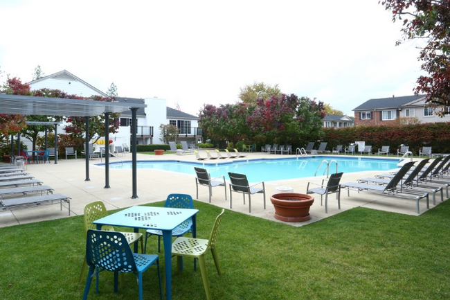 Woodbury Gardens Apartments and Townhomes - 157 Reviews ...