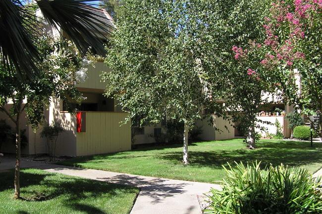 Loma Linda Apartments - 9 Reviews   Carmichael, CA